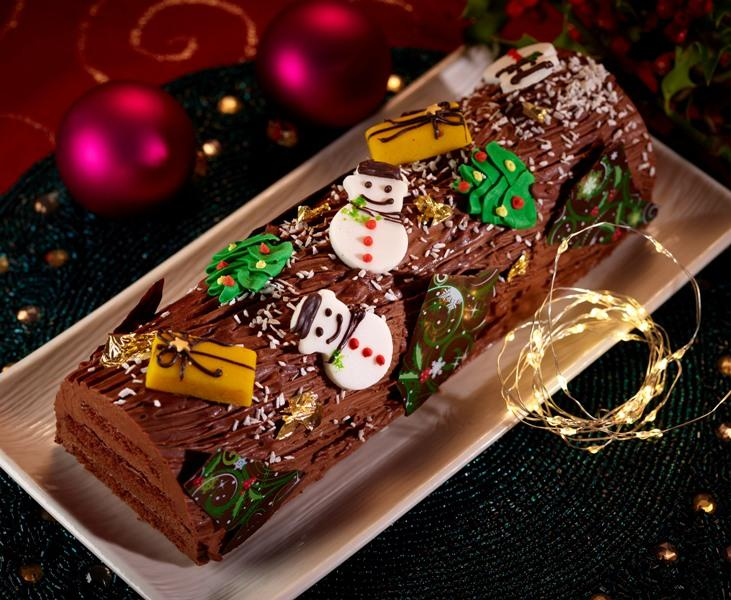 CHRISTMAS CHOCOLATE LOG Low Res Web image