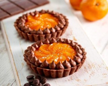 Chocolate clementine tartlets